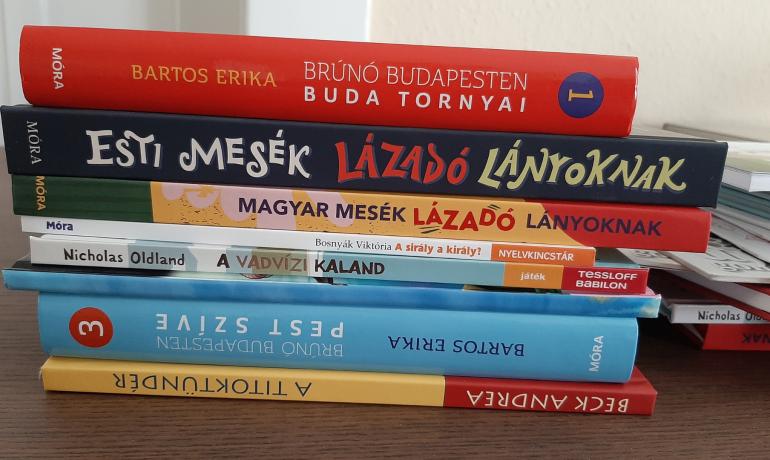Megérkeztek a könyvek! – Nyiss ki egy könyvet, nyisd ki a világot