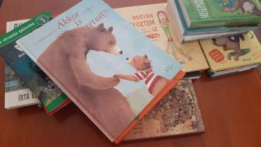 Második könyvcsomag – Nyiss ki egy könyvet! Nyisd ki a világot! projekt